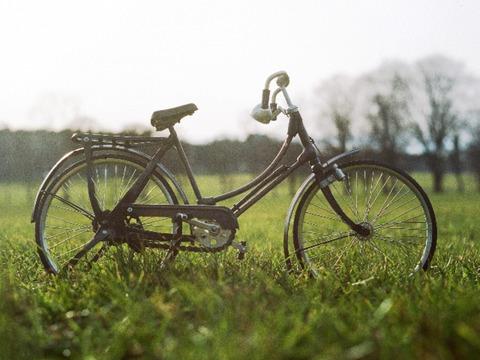 電動自転車の電池がスマホで代用!