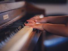 ピアノの弾き間違いを教えてくれるレコーダー
