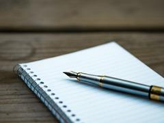 インクが自動補充されるペン