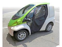 コンパクト電気自動車